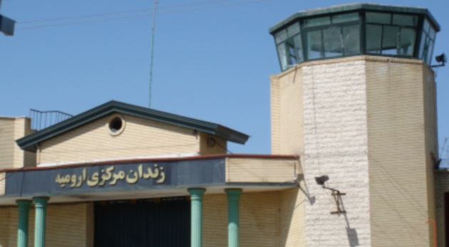 Threating prisoners and seizing their belongings in Urmiye prison