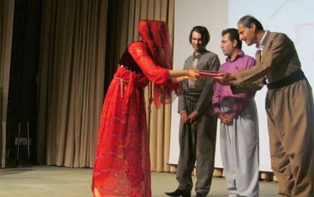 Courses of Kurdish language ended in Meriwan