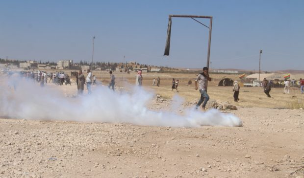 Turkish military is attacking civilians in Kobane